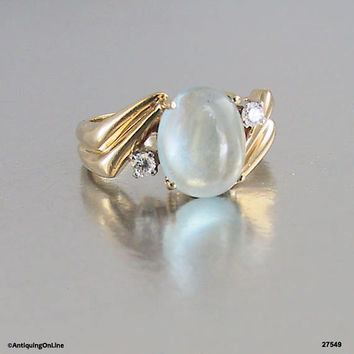 14K Moonstone Diamond Ring Vintage 1970s, Engagement Ring, Wedding Ring, Moonstone Ring with Diamonds, Lovers Ring
