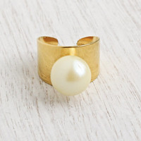 Vintage Statement Faux Pearl Ring - Signed Sarah Coventry 1970s Gold Tone Adjustable Chunky Costume Jewelry / Space Age