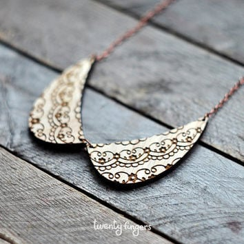 Wood Pendant collar with lace ornament (laser cut )