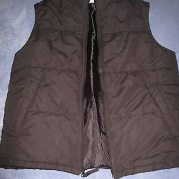 VERY NICE STITCH TREND BLACK QUILTED VEST M MINT