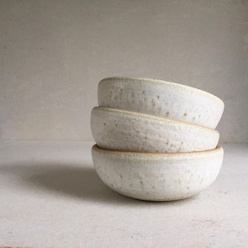 WHITE SHALLOW Medium Bowls ceramic, pottery, handmade, cereal bowl, icecream bowl, general bowl, ceramicbowl, potterybowl, lunch bowl