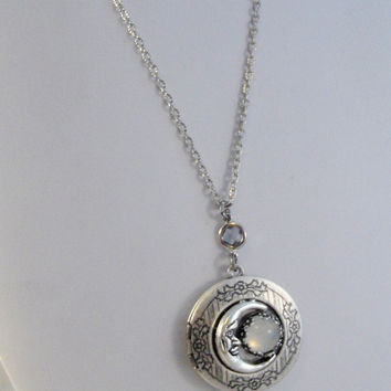 Opal Moon,Locket,Moon Locket,Opal Locket,Moonstone Locket,Moonstone,Opal,Locket,Antique Locket,Silver Locket,Moon,Opal Necklace,Opal Jewelry