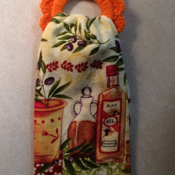 Hand crochet Kitchen towel hanger & towel, button towel hanger, gift idea, party favor, game prize, house warming gift, Valentine's gift
