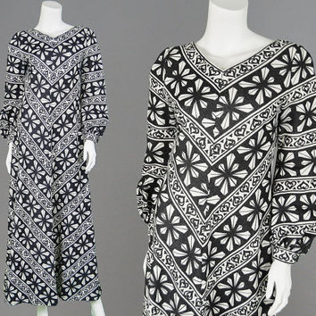 Vintage 60s 70s Mod Dress Black and White Maxi Dress Bishop Sleeves Striped Dress Finland Dress Marimekko Style 1960s Dress 1970s Op Art