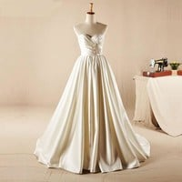 Sexy Sweetheart Wedding Dress New Arrival A-line Satin China Wedding Dresses