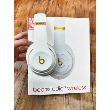 Popular Newest Beats Solo 3 Wireless Magic Sound Bluetooth Wireless Hands Headset MP3 Music Headphone With Microphone Line-in Socket TF Card Slot Black I/A