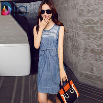VONE2B5 Dia  Sleeveless Denim Dress Overalls Summer O-neck Embroidery Tie Pocket Ropa Mujer 2016 Vintage Step Jeans Dresses Women
