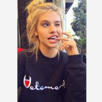 Gabi embroidered letters champion men and women with the same section of the sweater Black