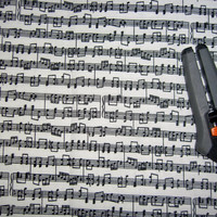 Sheet music Treble Clef stave musical notes cotton fabric  print 1y quilting sewing material for crafts