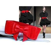H:oter® Lady Waist Wide Elastic Fashion Belt Features Flower Detail - Red