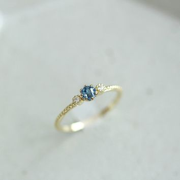 Gold Natural Sea Blue Sapphire Ring