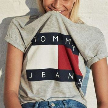 PEAPJ1A FREE SHIPPING Tommy Hilfiger Tommy men and women classic tee shirt T-shirt F