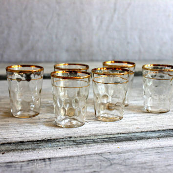 6 mid century shot glasses : gold thumbprint