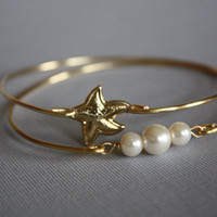 Starfish and Three pearls Gold Bangle Bracelet Nautical jewelry Set of two