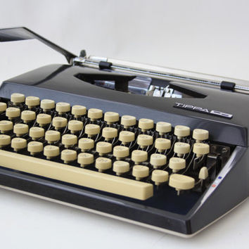 Vintage Adler Triumph TIPPA S by GRUNDIG Black Portable Typewriter with Case // Slim Beige Black Industrial Elegant Office School