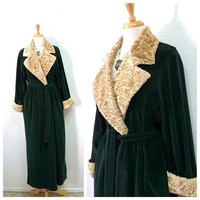 Vintage Diamond Tea Green Velour Robe Hostess Gown loungewear Beige Collar Wrap Maxi Robe M/L