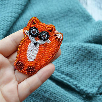 Red fox brooch Funny love gift|for|girlfriend Sitting fox pin for daughter Sitting fox brooch Large brooch Embroidered brooch Animal brooch