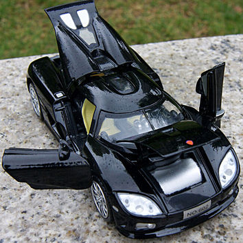 Kids Toys 1 32 Scale Koenigsegg Electronic Car Toys Children Collection Diecasts Model Opening Doors With Light Sound Black