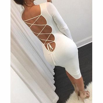 PEAPNH BACKLESS TIGHT LONG-SLEEVED DRESS