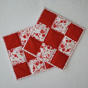 "Quilted Patchwork Valentine Pot Holders / Hot Pads / Trivets / Mug Rugs / Candle Mats  – 9-3/4"" x 9-3/4"" - Set of 2"