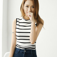 Round Neck Collar Striped Sleeveless T-Shirt