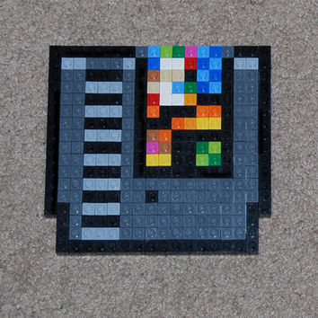 Lego Nintendo NES game cartridge; Pixel Art Lego Pixel Art