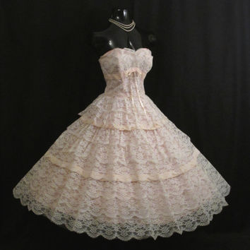 Vintage 1950's 50s STRAPLESS Bombshell Tiered White Lace Pink Velvet Circle Skirt Party Prom Wedding DRESS Gown RARE Large Size