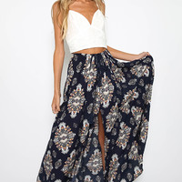 Falcon Heart Skirt - Navy Print