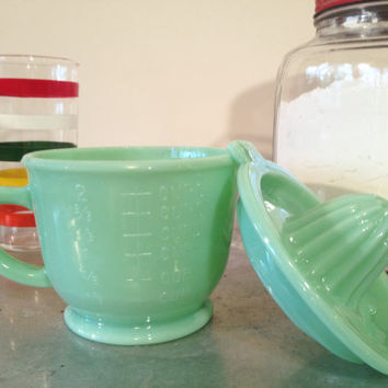 Awesome Vintage Jade Citrus Juicer/ Small Mixing Bowl