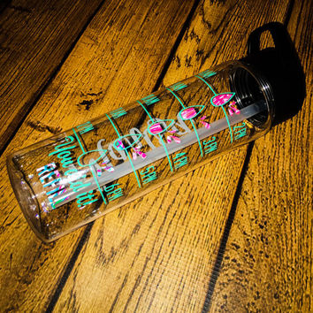 Lilly Pulitzer Water Tracker, Hydrate Bottle, Lilly Pulitzer Water Bottle, Workout Bottle, Lilly Pulitzer Vinyl, Personalized Water Bottle