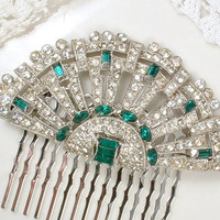 Original 1920s Emerald Green Rhinestone Hair Acessory or Sash Brooch, Antique Art Deco Pave Bridal Fan Pin or Hairpiece Vintage Wedding Comb