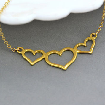 Three Heart Necklace, Mother's Necklace, Simple Minimal Necklace Gold or Silver, Gold Heart Necklace, 3 Heart Necklace