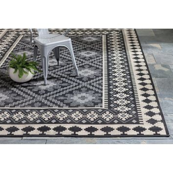 Serrano Black Indoor/Outdoor Area Rug