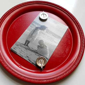Magnetic Board  Round Metal Bulletin Board by LeMaisonBelle