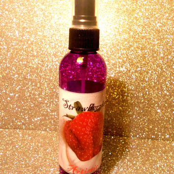 STRAWberries and Cream// Hair Perfume for by ArtisicStrands