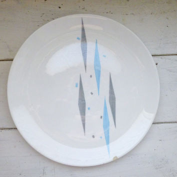 Porcelain plate, dinner plate, fine china, mid century, atomic age, harlequin blue, blue and gray, royal china, chipped plate, vintage dish