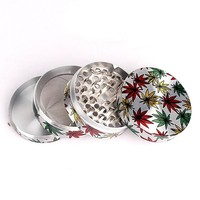 New Type Zinc Alloy 4level Big Beautiful Herb Grinder Weed Leaf Picture Tobacco Smoke Crusher 2 Colors for Glass Pipe Water Pipe