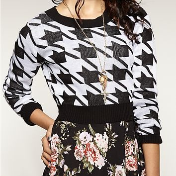 Houndstooth Crop Sweater | Sweaters | rue21