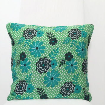 Floral Pillow Cover - Green Floral Pillowcase - Decorative Pillow Throw - Floral Cushion Cover - Accent Pillow 16x16 - 60s Fabric