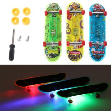 Top Quality 2pcs LED Mini Skateboard Finger Board Tech Deck Kids Toy Gifts Baby Toy