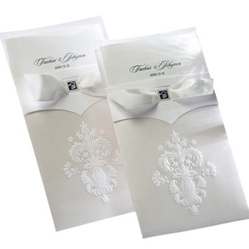 50 pcs Set Wedding Invitations White Flower Pattern With Bow Knot