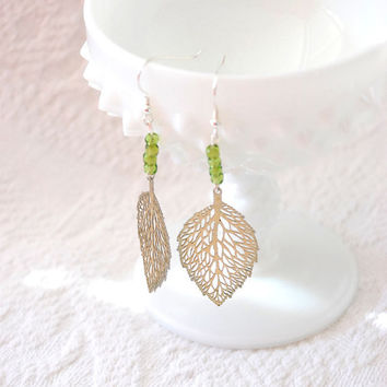 Filigree Leaf Vintage Charm Earrings with by BoutiqueVintage72
