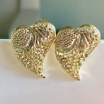 Filigree Hearts 18kts Of Gold Plated Studs Earrings