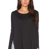Knot Sisters Taylor Tee in Black