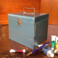 Logan De Luxe Movie Reel Chest Blue with Reels and Film
