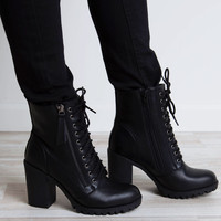 Edge Of Life Boots in Black