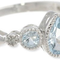 10k White Gold Pear-Shape Aquamarine Ring with Diamond Accents
