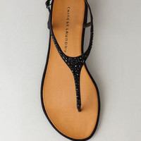 CHINESE LAUNDRY SHOES, GLISTEN T-STRAP SANDAL IN BLACK
