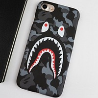 Bape Tide Fashion Camo Personality iPhone8/7Plus Mobile Shell Camouflage Black
