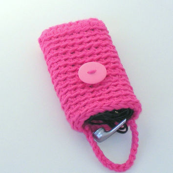 Cell Phone Case in Pink, Crochet Smart Phone Mobile iphone Sleeve with Earphone Storage